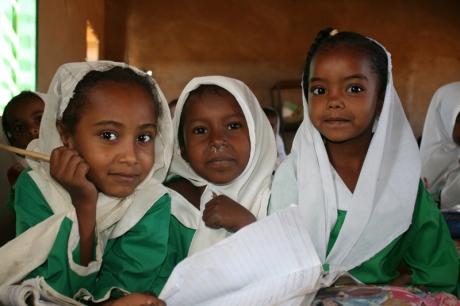 Bambine_scuola_progetto_rid